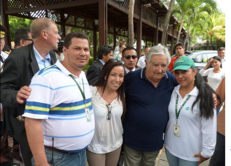 El presidente de Uruguay José Mujica estuvo de visita en el parque Histórico de Guayaquil el 5 de diciembre. Foto del Parque Histórico.