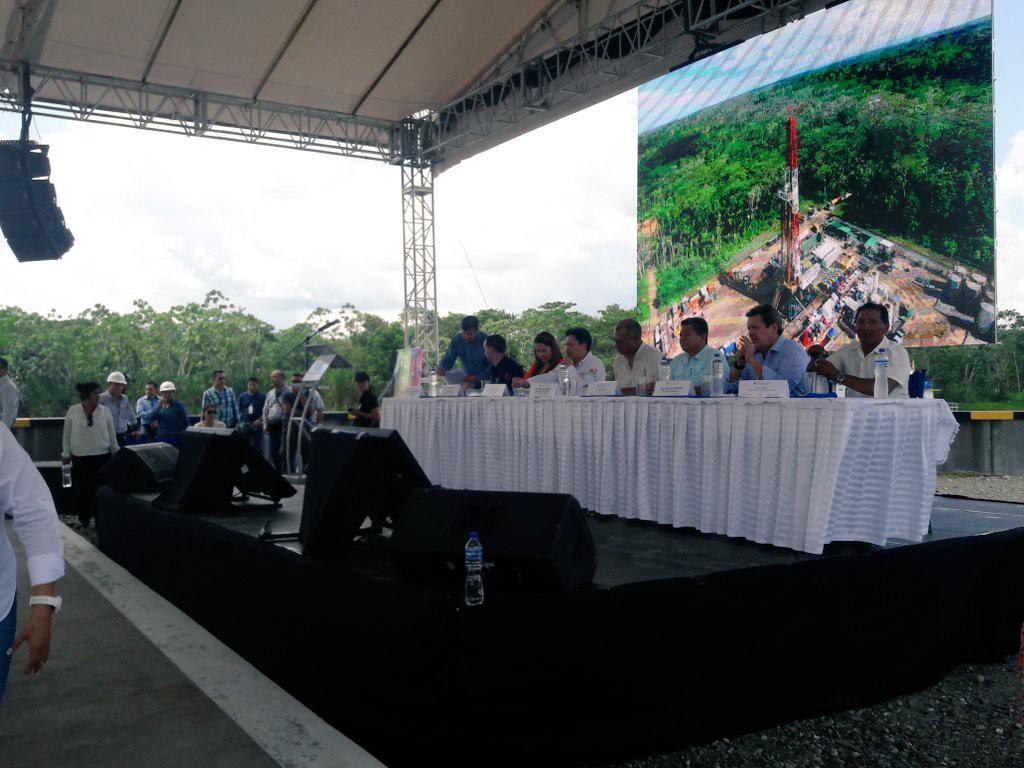 2_ceremonia-de-inauguracion-foto-cuenta-de-twitter-del-ministerio-de-hidrocarburos