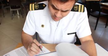 Armada ya sancionó a otro oficial por ofender a Correa