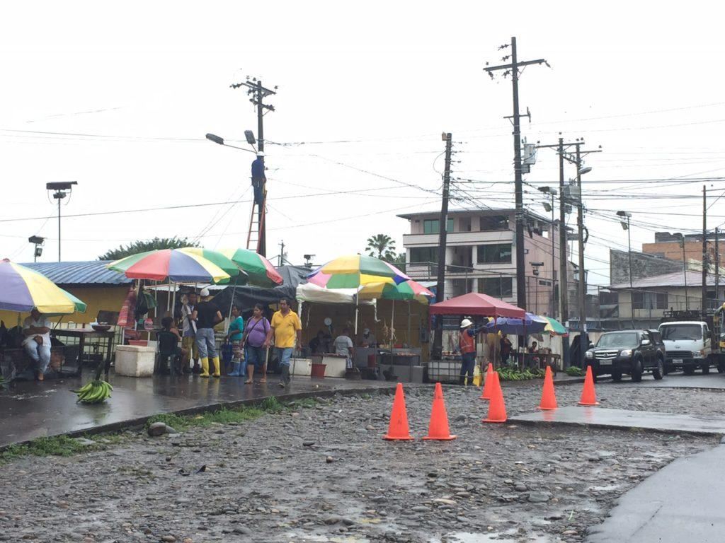 Mercado quichua de Coca, a un extremo del malecón. Allí es sencillo conseguir carne silvestre. Foto: Daniela Aguilar