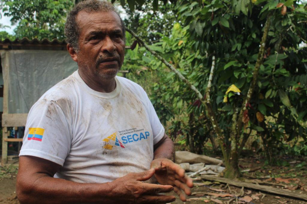 Sixto Martínez perdió a su esposa por cáncer, que asocia con la contaminación petrolera a la que han vivido expuestos. Es procurador del caso contra Petroamazonas.